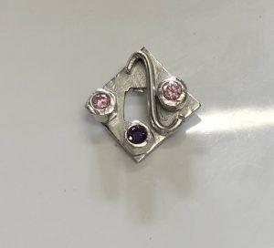 diamond design pendant, Stone setting in silver clay, cz fireable stones, deign silver jewellery, make silver jewellery, www.lrsilverjewellery.co.uk