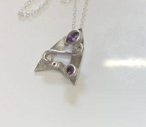art deco pendant, Stone setting in silver clay, cz fireable stones, deign silver jewellery, make silver jewellery, www.lrsilverjewellery.co.uk